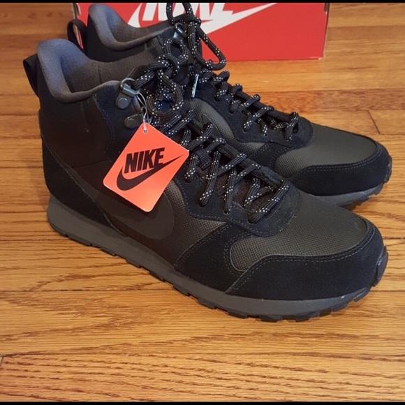 f8d80ddf57113 Nike MD Runner 2 MID Premium